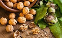 Как грецкий орех влияет на давление: повышает или понижает