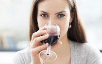 Как алкоголь воздействует на давление: повышает или понижает?